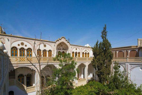 Khademi Traditional Hotel