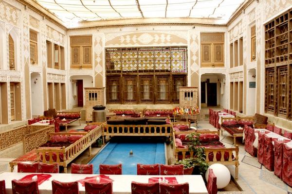 Malek Al-Tojar Traditional Hotel
