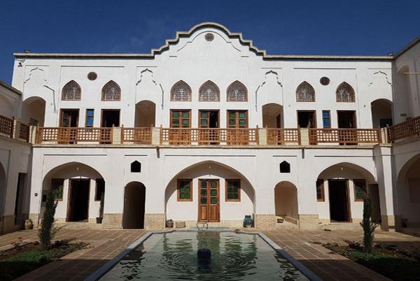 Morshedi Traditional Hotel 2
