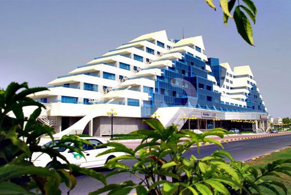 Parmis Hotel