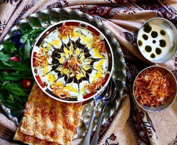 Ash Reshteh with Bread